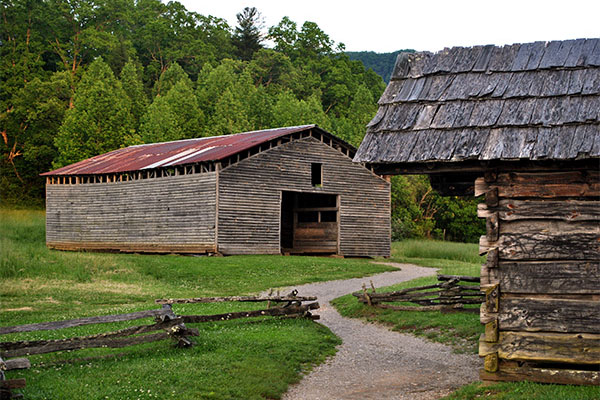 Historic Cades Cove Cabins